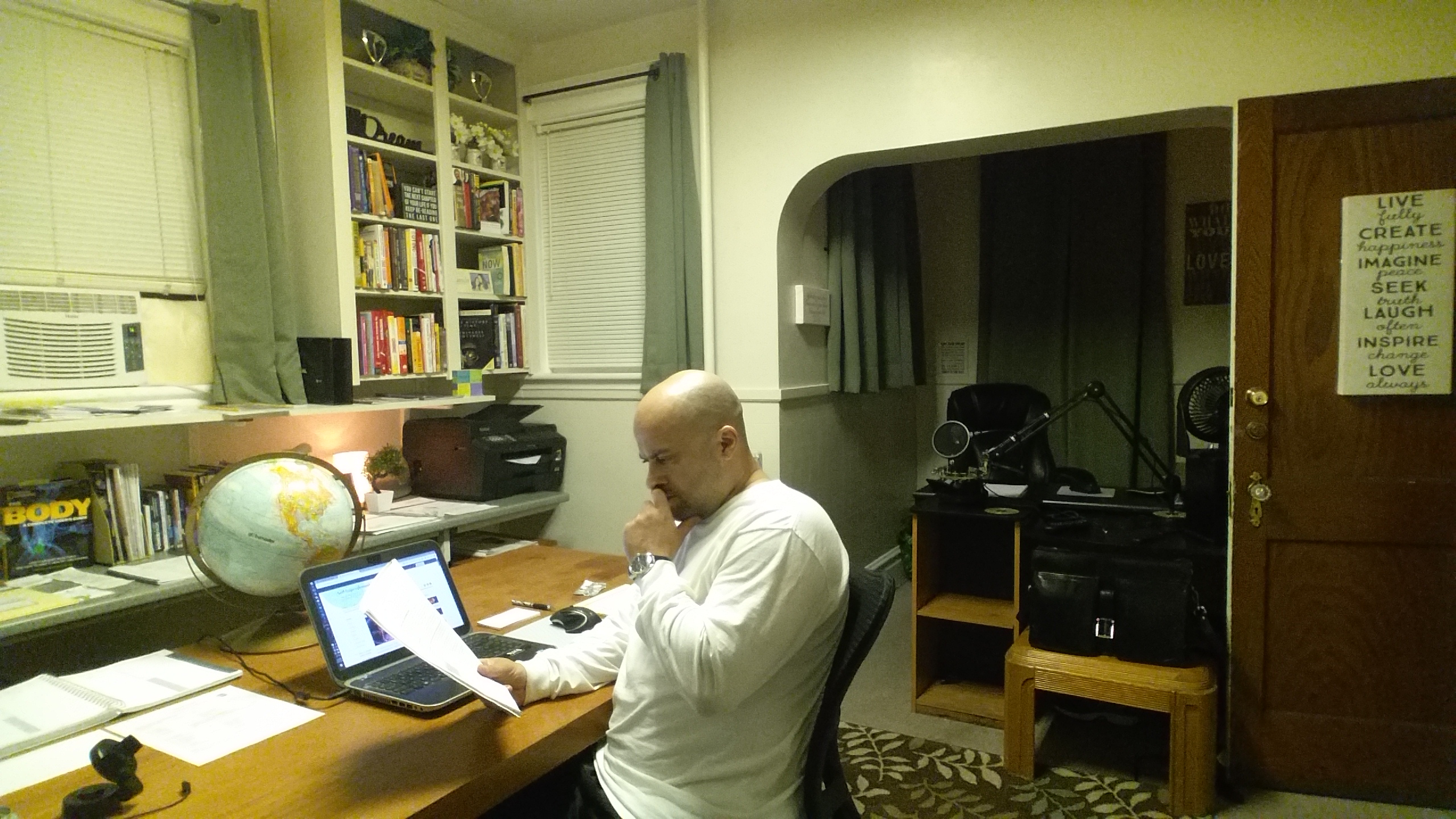 Tim-White-in-office-thinking